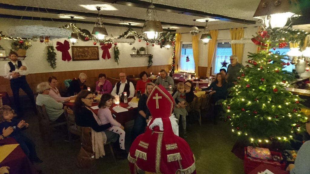 Nikolaus auf der Weihnachtsfeier der 38er