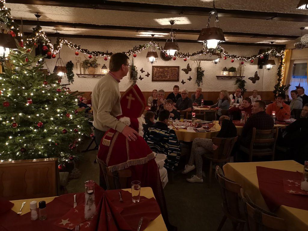 Ja, auch zwei große 38er durften dieses Jahr zum Nikolaus nach vorne.