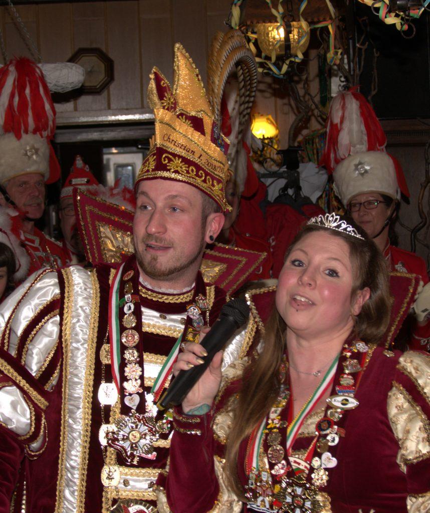 Oppumer Prinzenpaar Christian I. und Lilly I. bei der Hoppeditzbeerdigung 2020