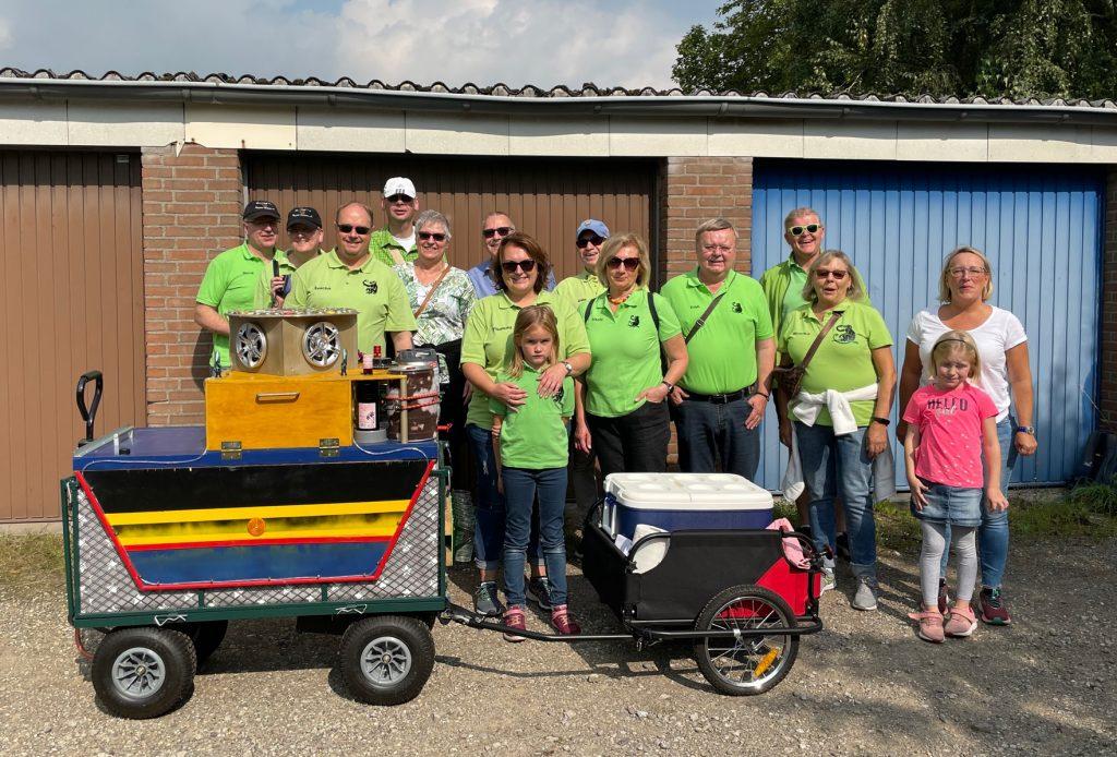 Die Teilnehmerinnen und Teilnehmer der Bollwerwagentour Herbst 2021 der 38er